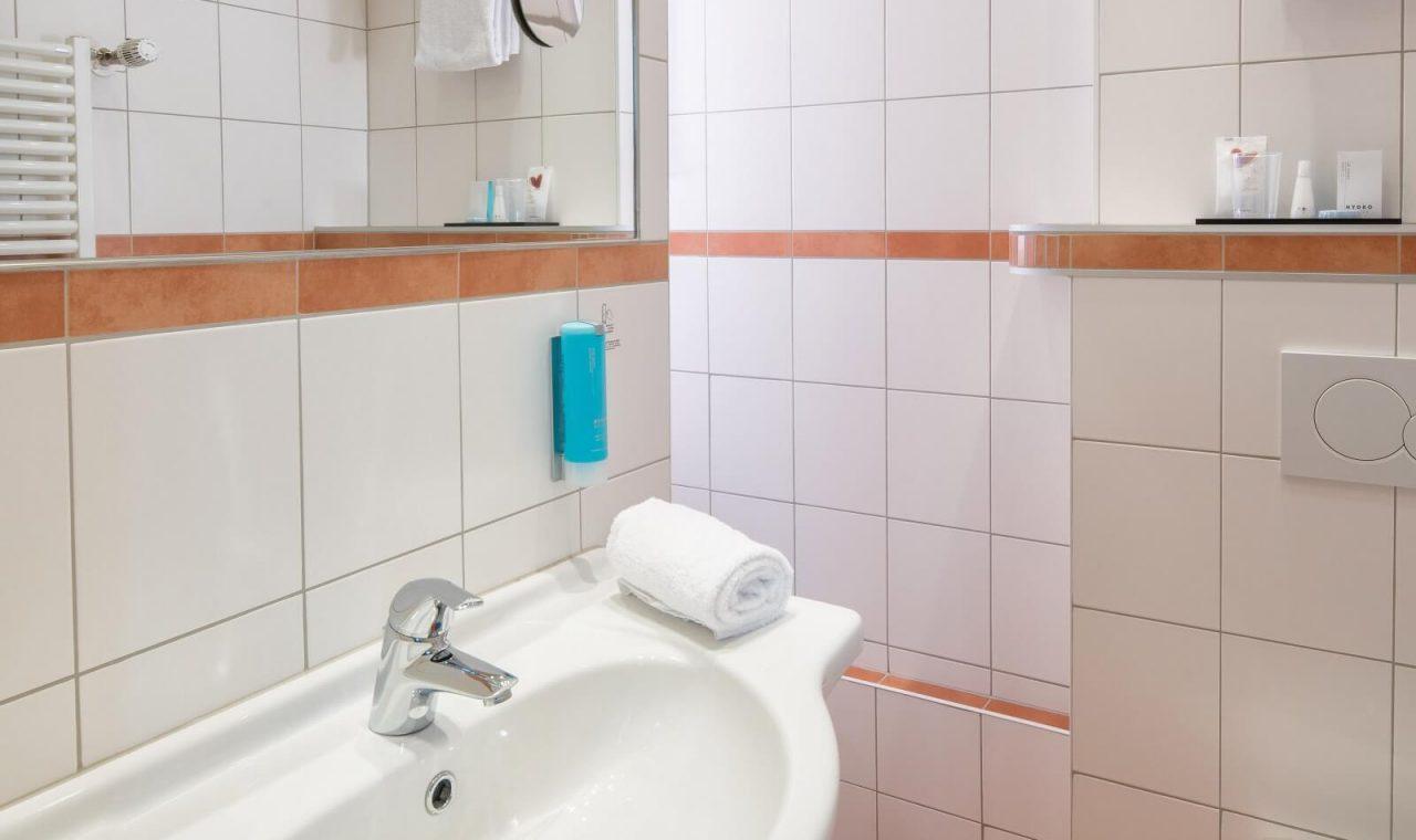 Bad Komfort Einzelzimmer (Beispielbild)