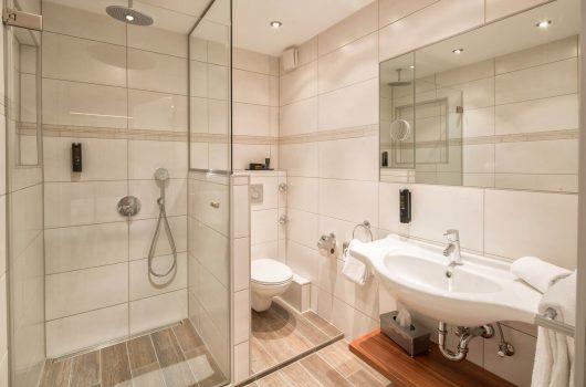 Komfort Doppelzimmer Bad (Beispielbild)